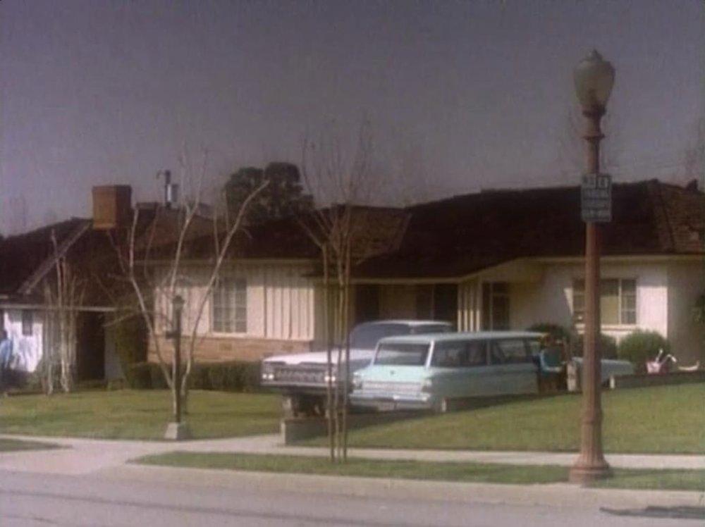 Winnie Cooper's first house. © New World Television