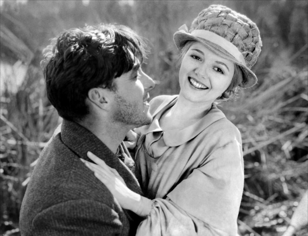 George O'Brien  and Janet Gaynor in  Sunrise: A Song of Two Humans