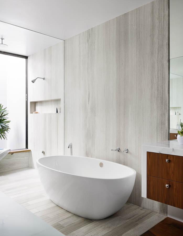 bathroom117006.jpg