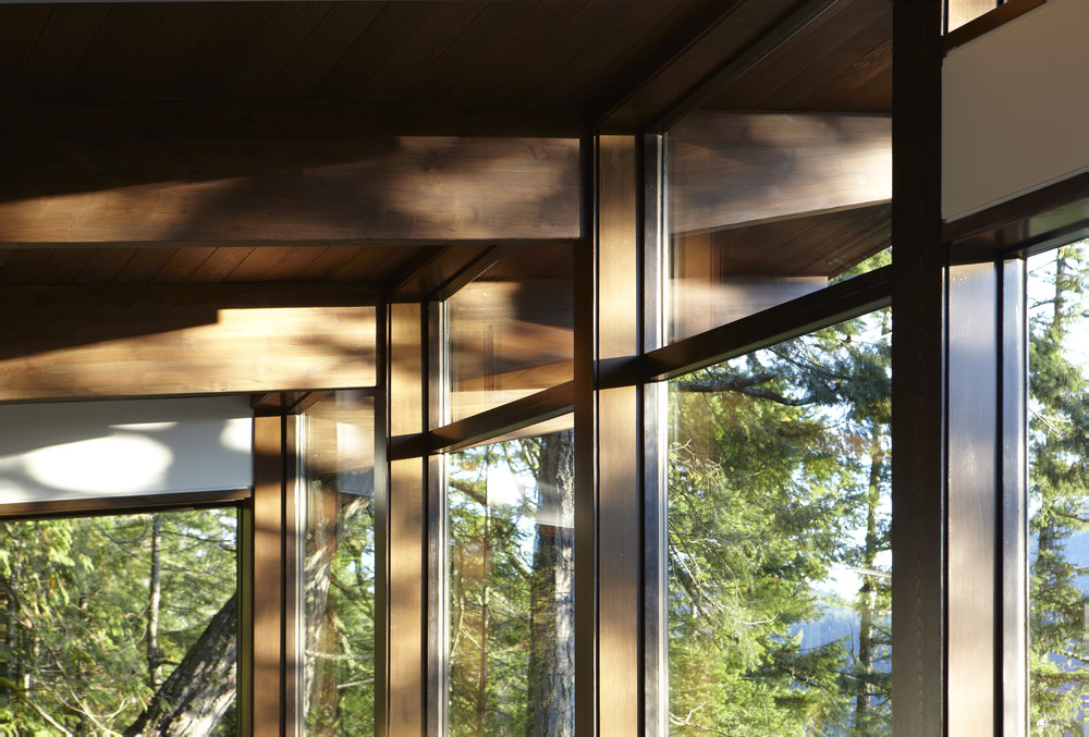 turkel_modern_design_prefab_gambier_island_house_windows.jpg