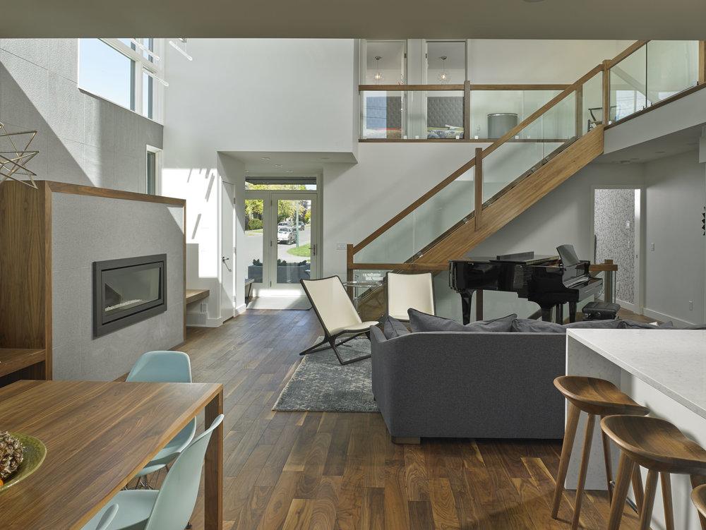 turkel_modern_design_prefab_home_bankview_house_calgary_great_room.jpg