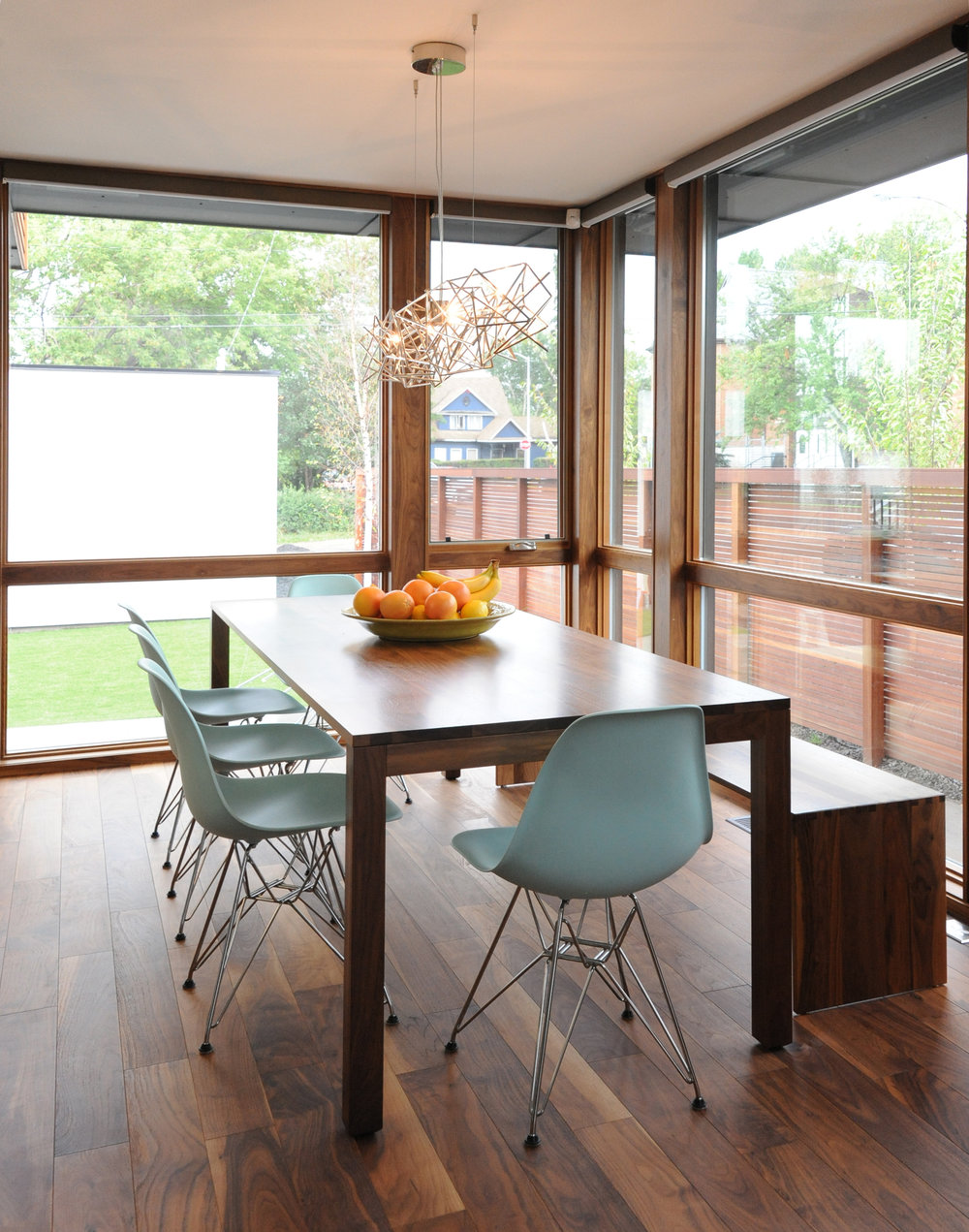 turkel_modern_design_prefab_home_bankview_house_calgary_dining_room.jpg