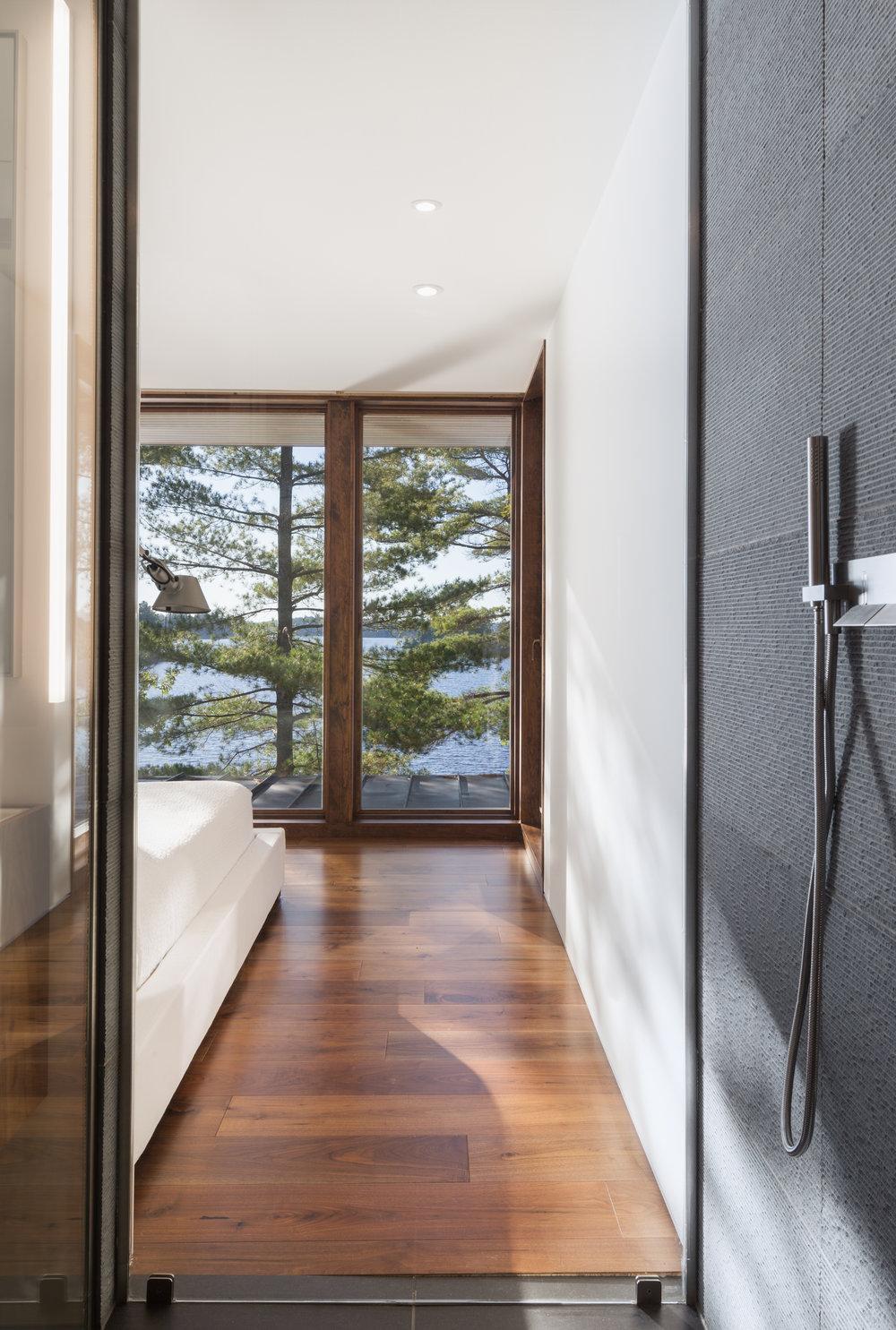 turkel_design_modern_prefab_home_bedroom_view.jpg