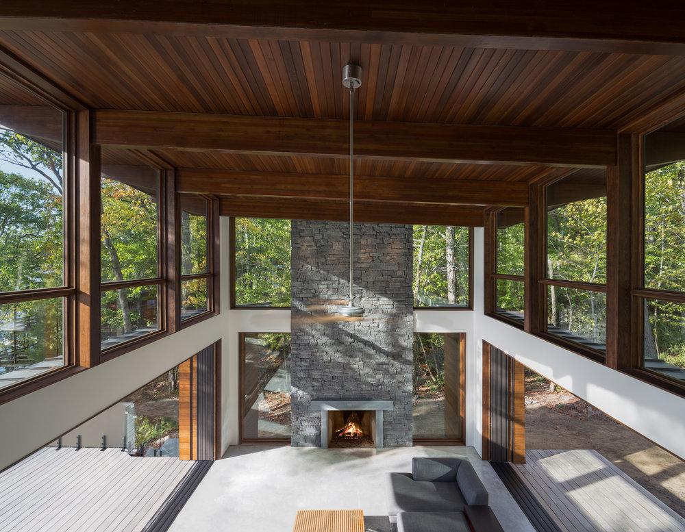 turkel_design_modern_prefab_home_great_room_loft.jpg