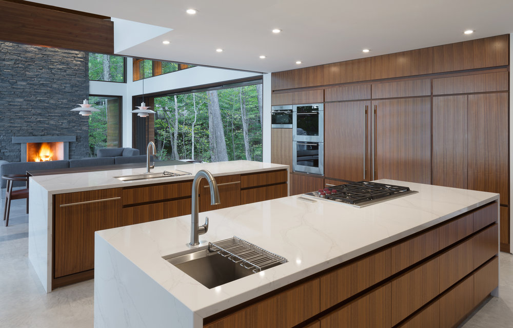 turkel_design_modern_prefab_home_kitchen_cabinetry.jpg
