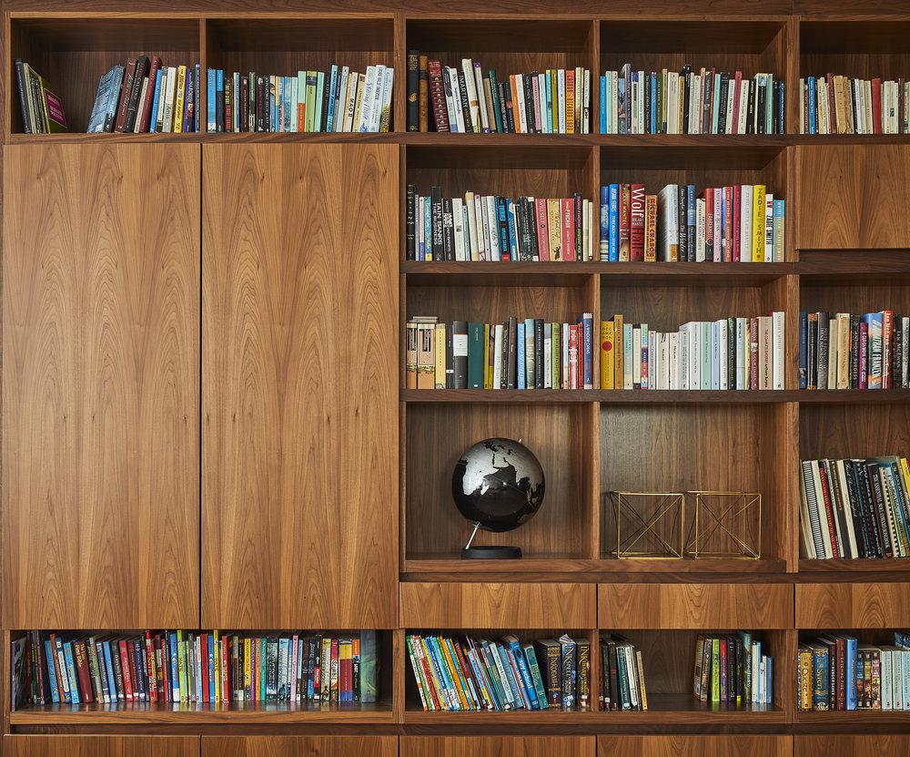 turkel_design_modern_prefab_home_soho_loft__cabinetry_storage_shelving.jpg