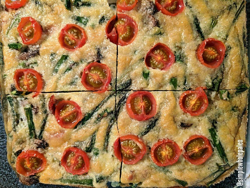 Proscuitto, asparagus, mushroom & tomato egg bake