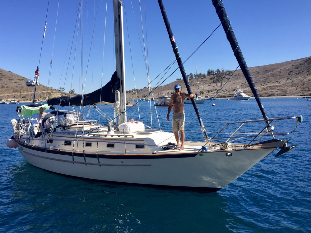 And Bill and Julianne of  SV Epiphany  doing a drive by before heading south. Nice boat!