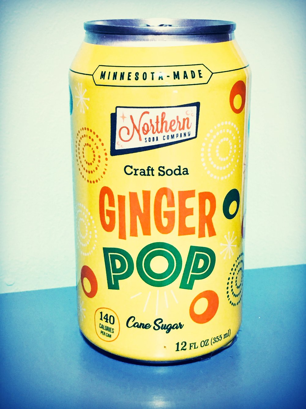 an old-school ginger ale—citrusy gingery crisp!