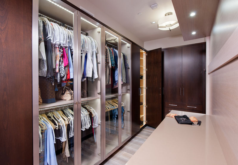 kitchen_bath_concepts_Master closet_ 10644.jpg