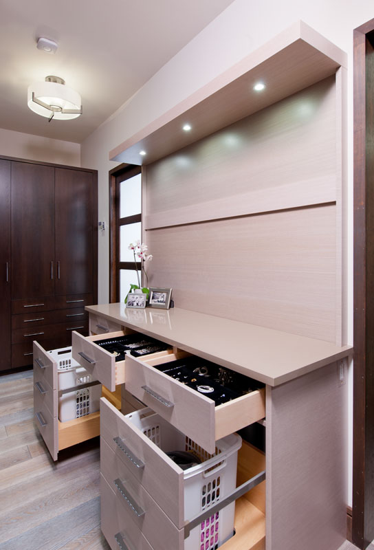 kitchen_bath_concepts_Master closet_10624.jpg
