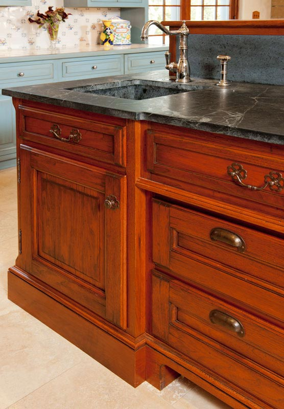 kitchen_bath_Concepts_pittsburgh_traditional_home1_24.jpg