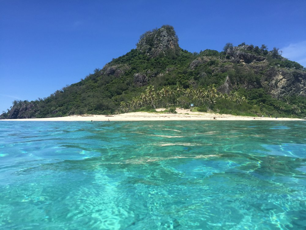 CAST AWAY TOUR - Your chance to be a 'Cast Away' for the morning. Monuriki, the island made famous by the Tom Hank's movie 'Cast Away' is a favourite tour of Tokoriki guests.