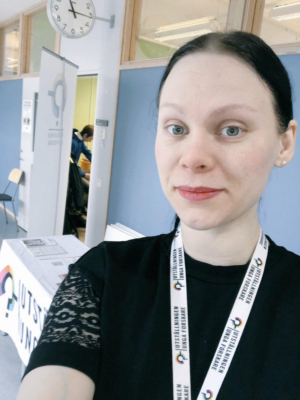 Anna Wallgren - Namn: Anna Wallgren Ålder: 34Bor: StockholmPluggade: Lärarexamen och därefter tre terminer svenska/språkvetenskapJobbar med: Verksamhetsutvecklare hos Unga Forskare