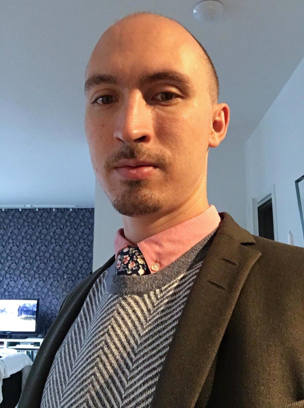 Dante Fermin - Ålder: 32Bor: StockholmPluggade: Kandidat i japanska och statsvetenskapJobbar med: Assistent på Japans ambassad