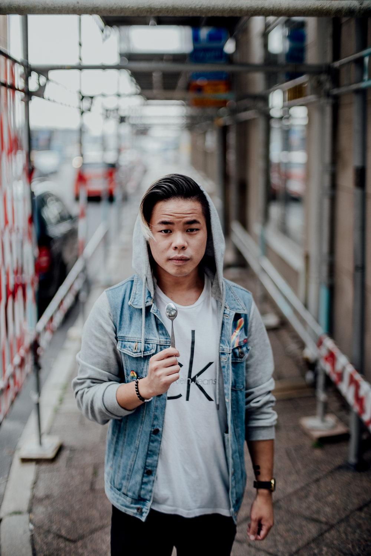 """""""Genom att lyfta minoriteters röster tror jag att vi kan bredda människors kunskap och förståelse för hur rasism och förtryck ser ut i Sverige idag."""" - Danny Lam, TNKVRT"""