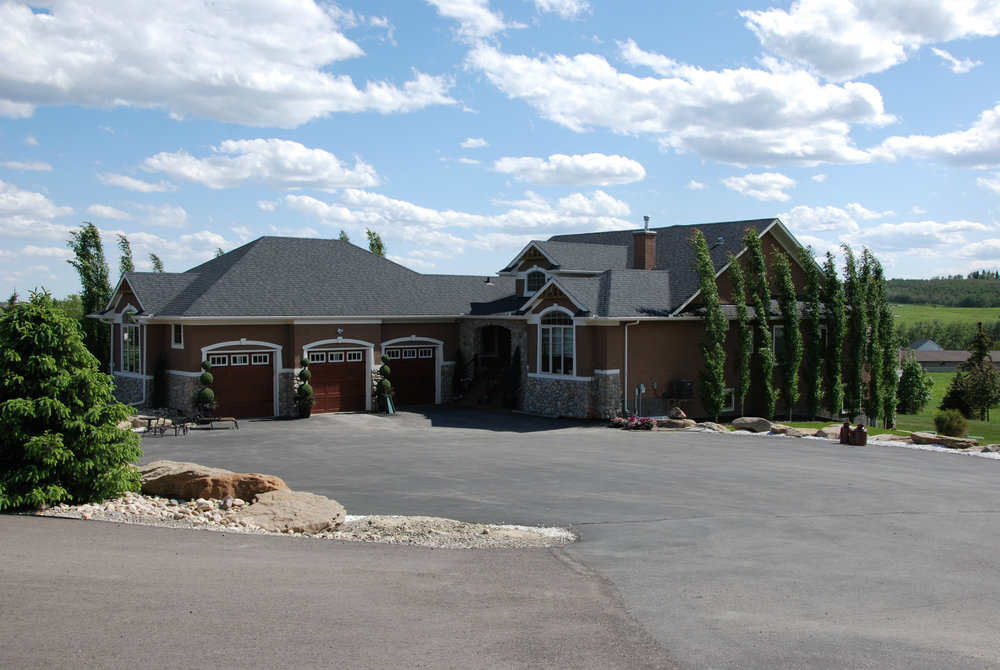 LASK CUSTOM ACREAGE HOMES OKOTOKS 2.jpg