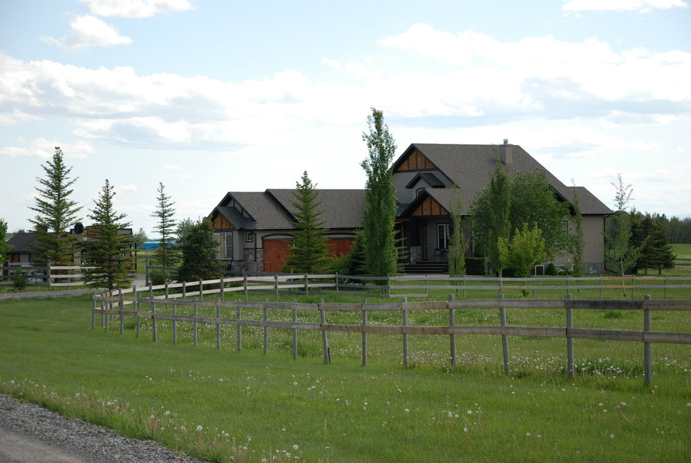 LASK CUSTOM ACREAGE HOMES OKOTOKS 9.jpg