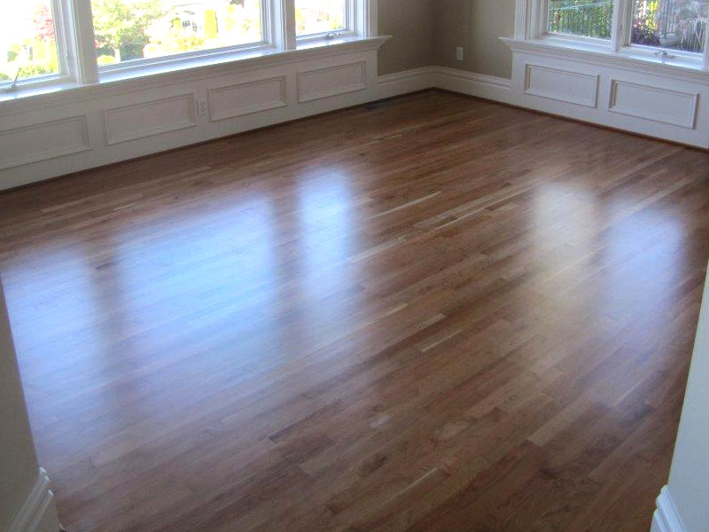 red-oak-floor-natural-finish-1.jpg