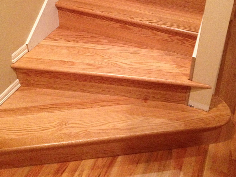 red-oak-stairs-site-finished.jpg