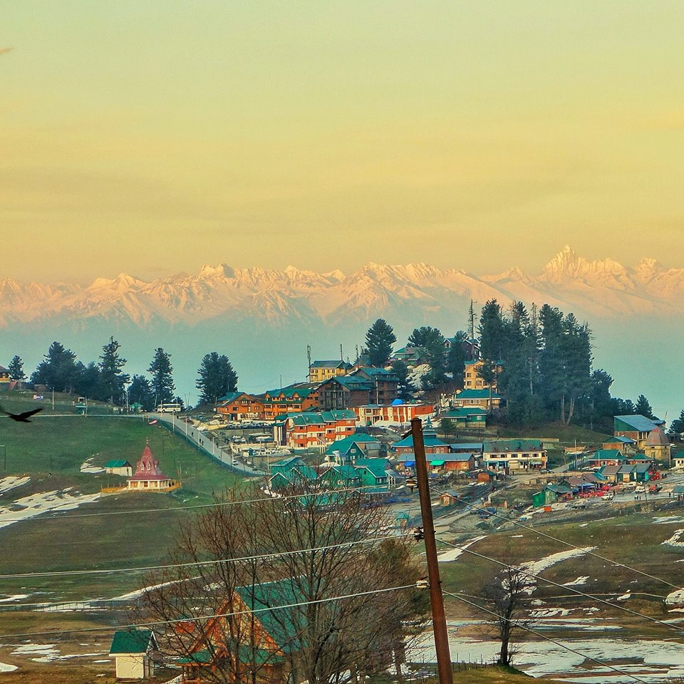 The Shiva or the Maharani Temple in Gulmarg with the Mahadev Range in the background. On the right, the pyramid Peak is none other than the highest Peak of the Kashmir Valley, Kolahoi.  Interestingly the Mahadev is a part of the Zabarwan, which is a sub Range of the Zanskar Mountain Range. Mt. Kolahoi itself is on the Great Himalayan Range and Gulmarg itself lies in the Pir Panjals. This shows how entangled the Ranges get.  Gulmarg and the Apharwat offer the best views of the Peaks in the Valley. From the Nanga Parbat Massif in the west to the Haramukh to the mighty twins Nun Kun and the Brahma and the Sickle Moon in the Kishtwar Himalayas. You may need to know where to look