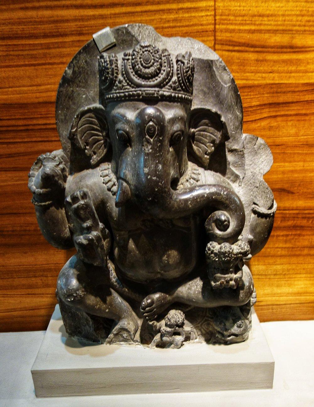 Ganesh : 8th Century, Stone