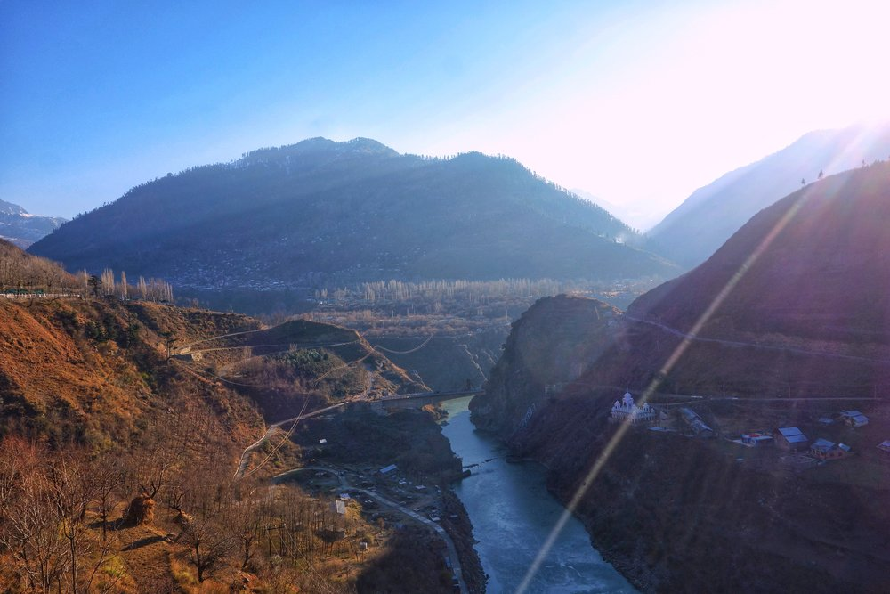 Along the Jehlum Gorge on the way to Uri
