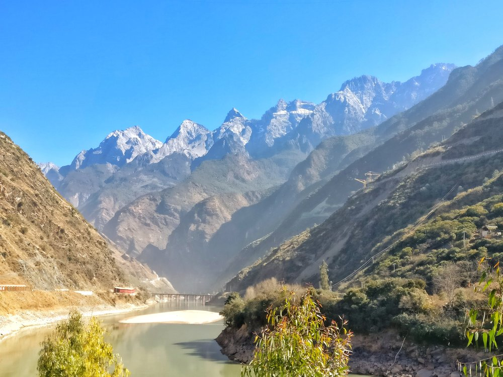 The point at which the Jinsha or the Upper Yangtze enters the Tiger Leaping Gorge under the shadow of the Haba Snow Mountain,Tiger Leaping Gorge, Yunnan