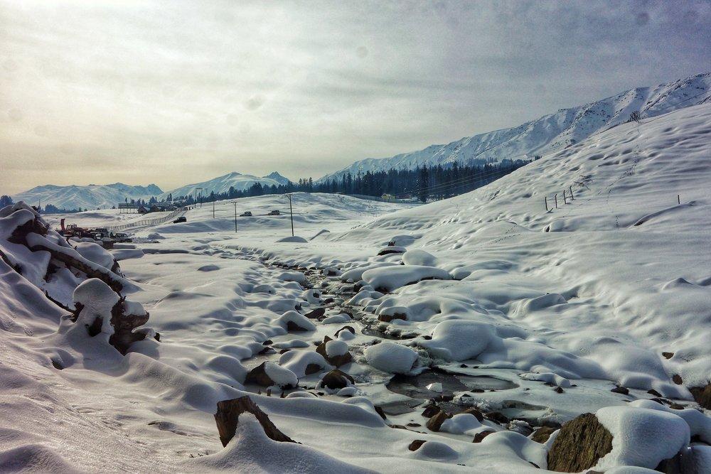 snow-kashmir-gulmarg