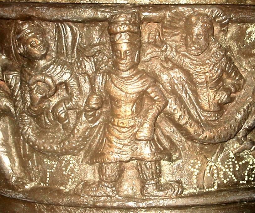 kanishka-casket-kushanas