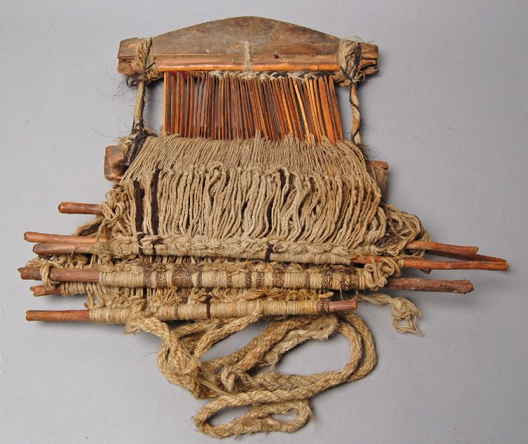 Loom (part of) made of wood, textile-ladakh