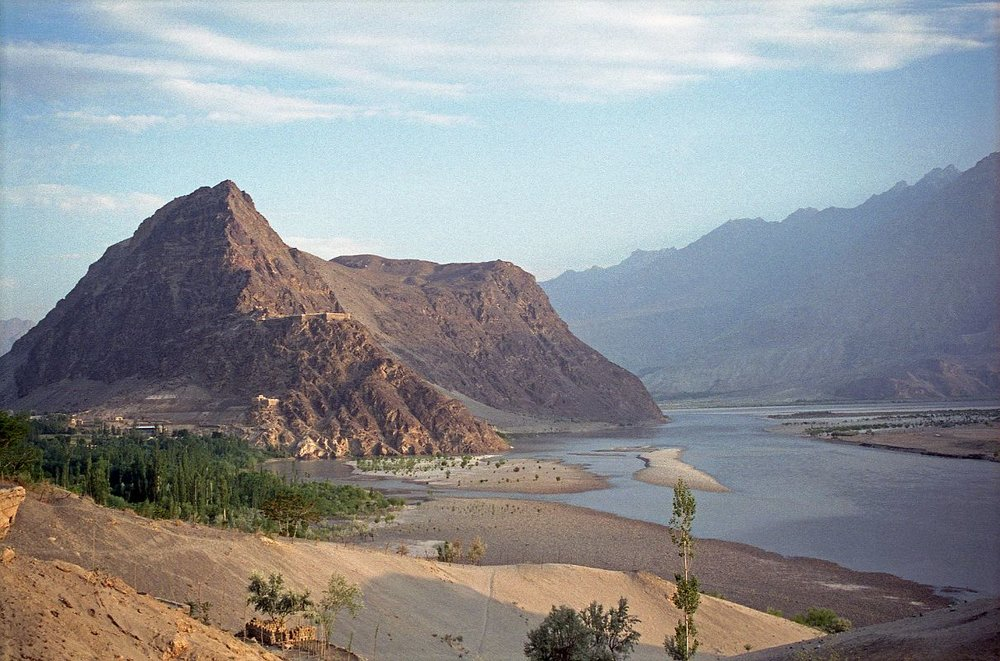 The Khorpocho Fort overlooking the Indus at Skardu.