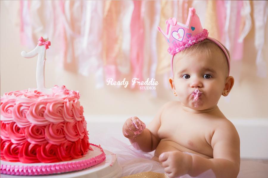 Miami-Kids-Photographer-Photography-Ready-Freddie-Studios-Kaitlyn-Cake-Smash-05