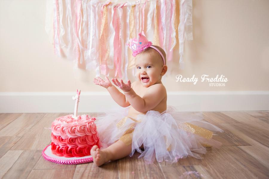 Miami-Kids-Photographer-Photography-Ready-Freddie-Studios-Kaitlyn-Cake-Smash-08