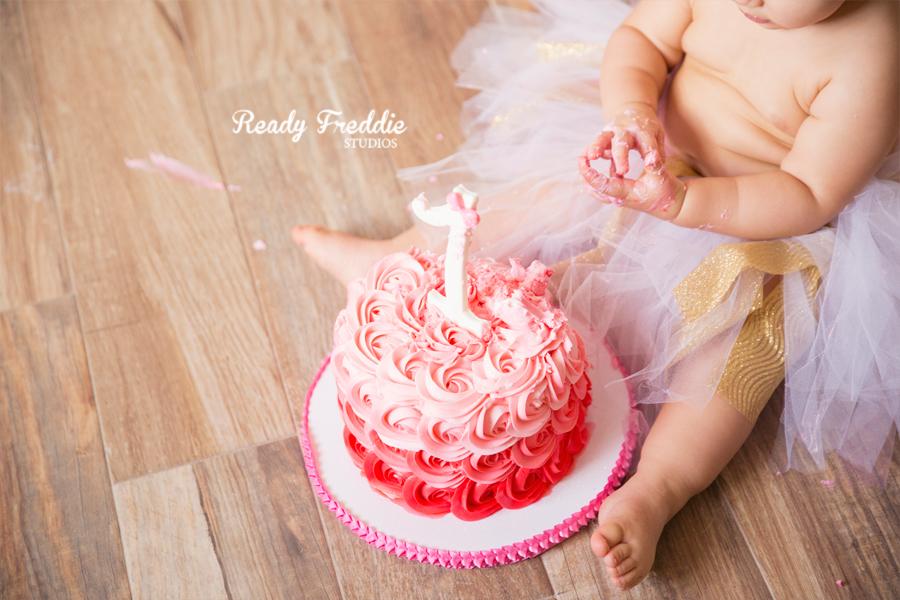 Miami-Kids-Photographer-Photography-Ready-Freddie-Studios-Kaitlyn-Cake-Smash-09