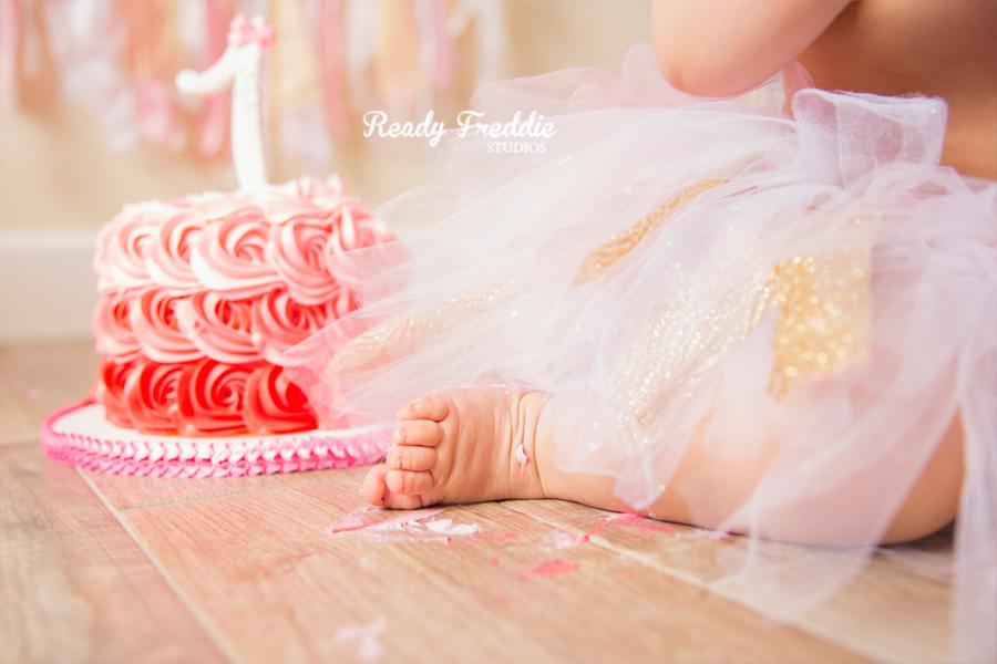 Miami-Kids-Photographer-Photography-Ready-Freddie-Studios-Kaitlyn-Cake-Smash-10