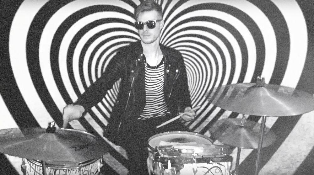 drums_grain01.jpg