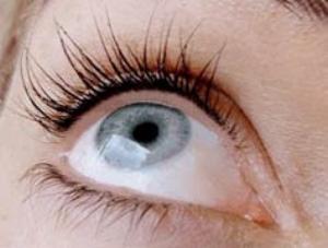 Permanent Upper Eyelash Line Enhancement