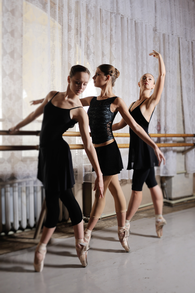 Ballet Dancers 3.jpg