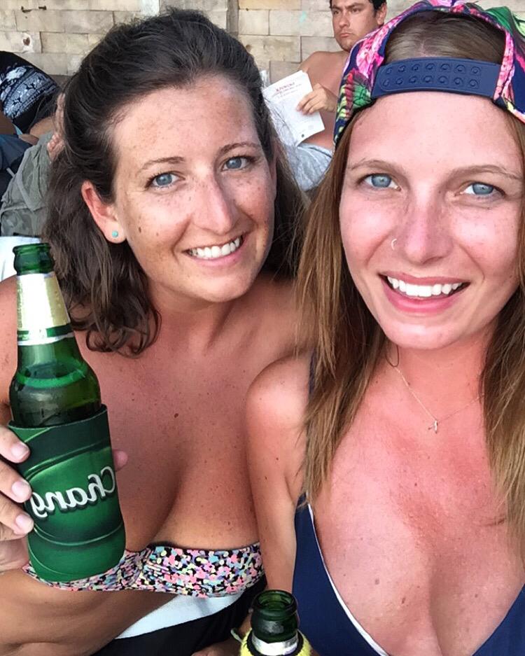 beach-babes.png