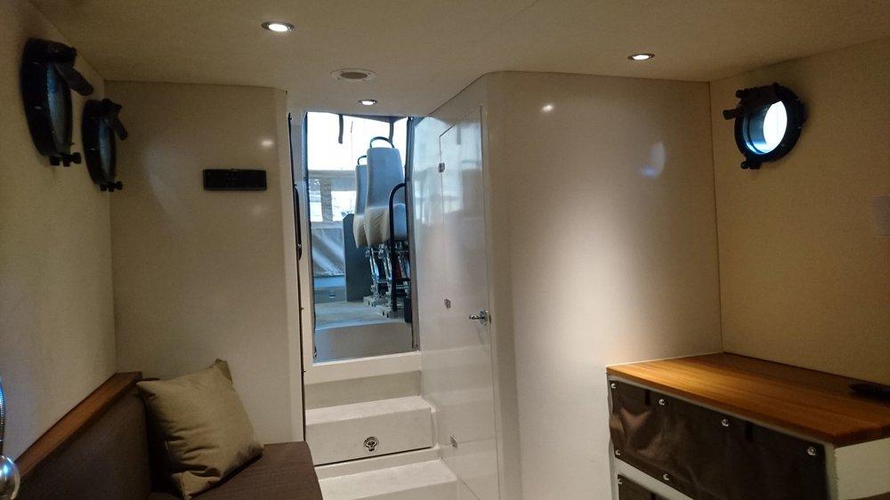V150 6 fwd cabin.JPG