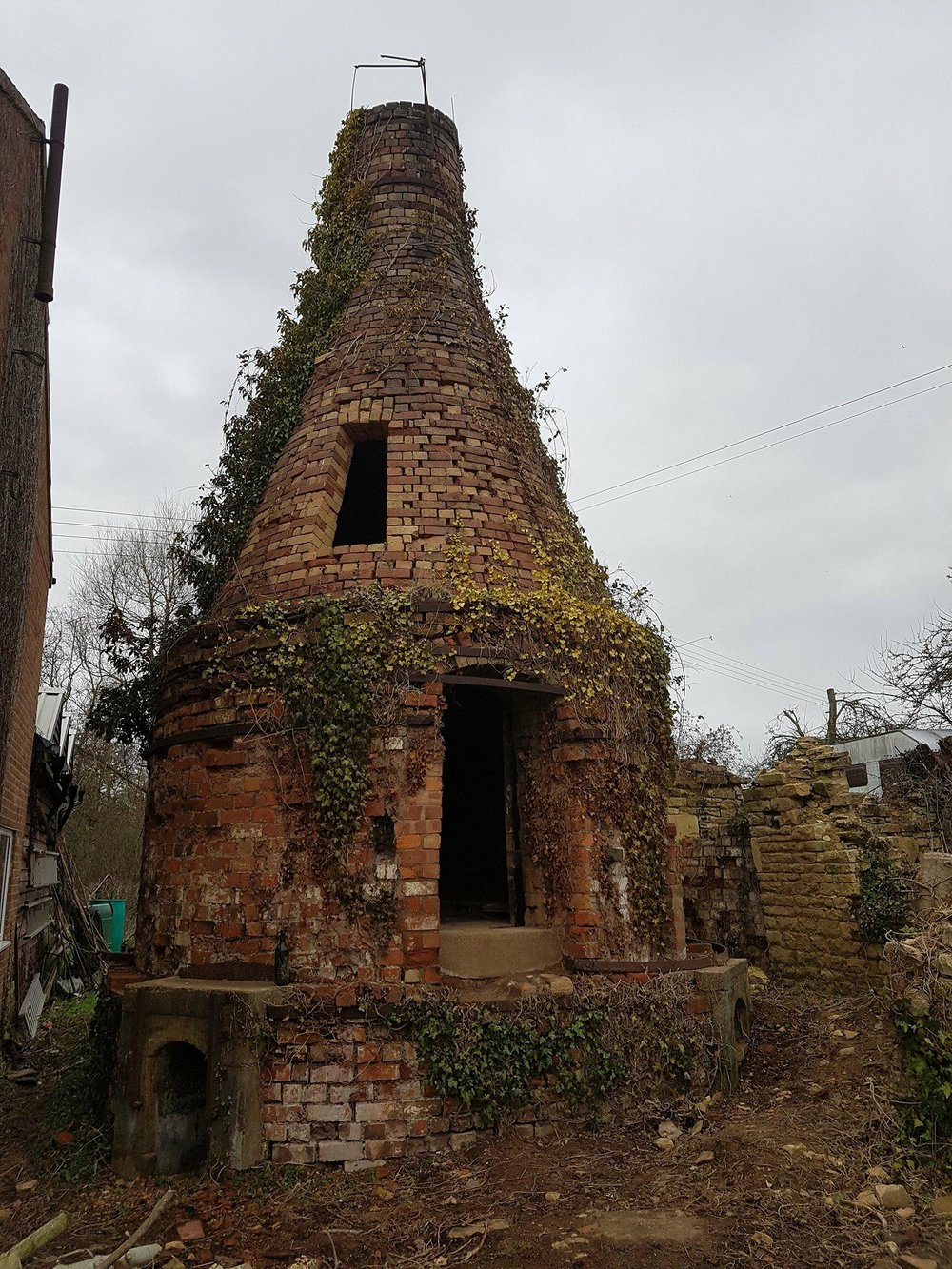 The bottle kiln in its current state. Image courtesy of Matt Grimmitt.