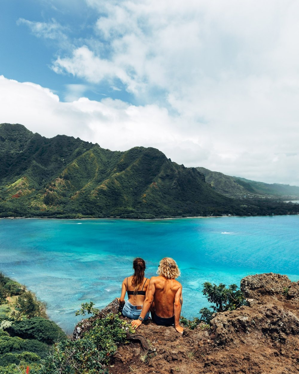 Cosmos Companions Morgan McDougall and Tahnee Pinches at the Crouching Lion Hike in Oahu Hawaii.