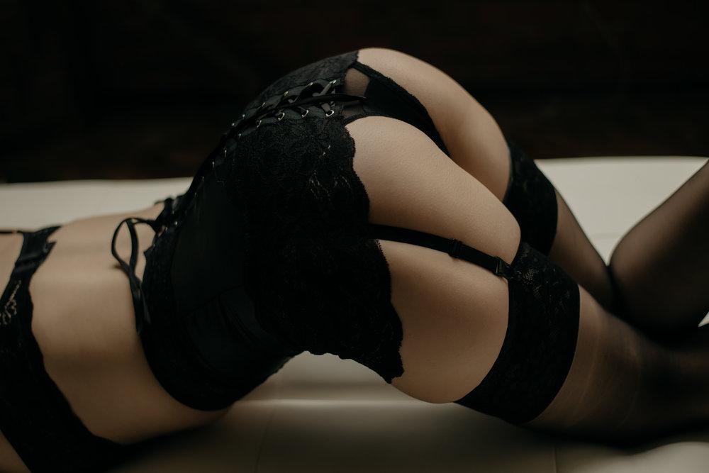 best-boudoir-photographer-berks-county-7.jpg