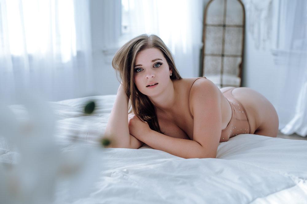 intimate-boudoir-photography-3.jpg