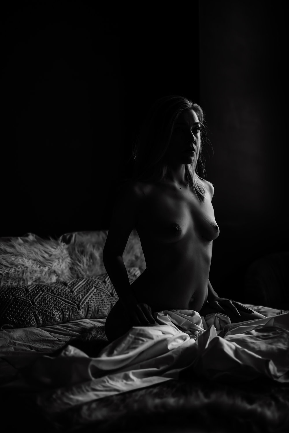 dark-and-moody-boudoir-7.jpg