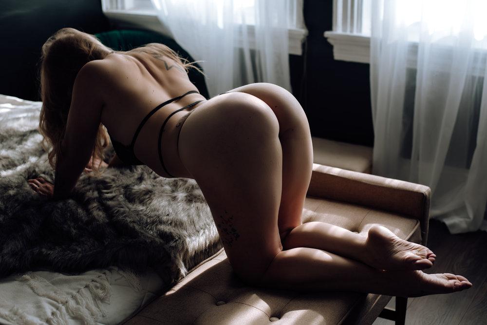 best-boudoir-photographer-8.jpg