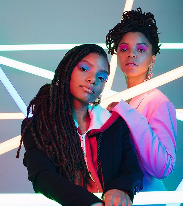 we made it through the first day of mercury in retrograde. 🙌🏾 only three more weeks. 🔮💫 • #DownToMarsGirls #DTMG #chloexhalle
