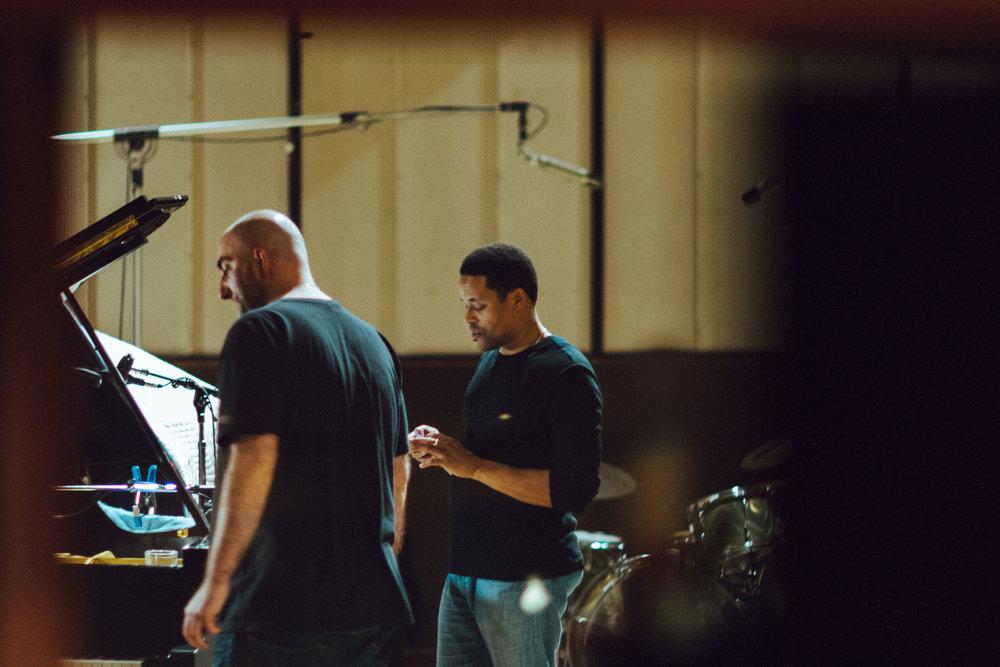 Armen Nalbandian Trio ~ Armen Nalbandian & Nasheet Waits