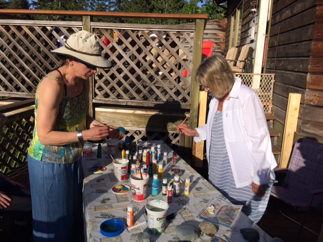 12-05-2018_Tracy&Barb_rockpainting.JPG